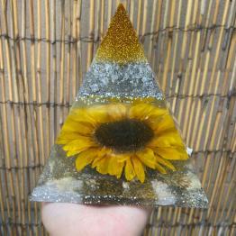 amieras-resin-creations-4-artsy-flower