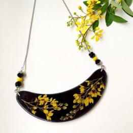 Artsy Flower Spray of Gold Necklace