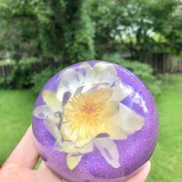 resin-in-bloom-2-artsy-flower