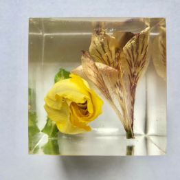 resin-in-bloom-4-artsy-flower