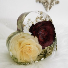 Modern Bridal Bouquet Preservation by Sparkles Bespoke Resins 1 - artsyflower.com