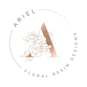 Ariel Floral Resin Designs logo - artsyflower.com