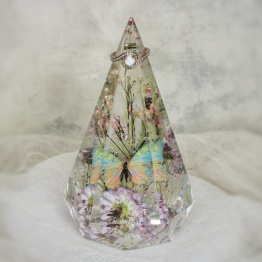 Modern Wedding Flower Preservation by Ariel Floral Resin Designs 2 - artsyflower.com